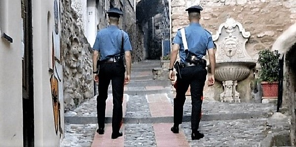 Poste italiane, pensione, famiglia, carabinieri