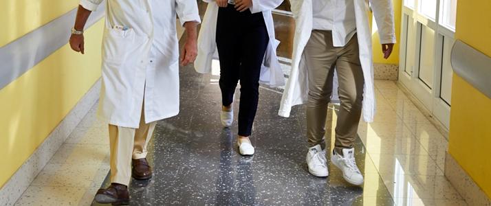 Medici universitari San Martino in arrivo bonus Covid