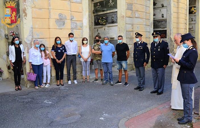Ettore Carlà, polizia genova, solidarietà