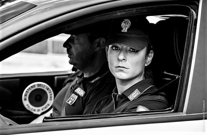 polizia genova, cronaca, famiglia