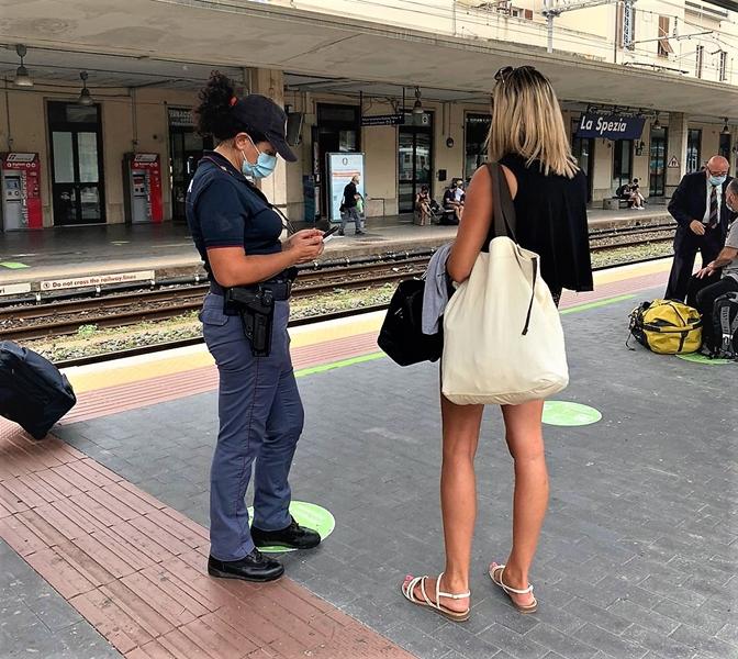 Covid cluster La Spezia: Polfer in prima linea per la sicurezza dei viaggiatori