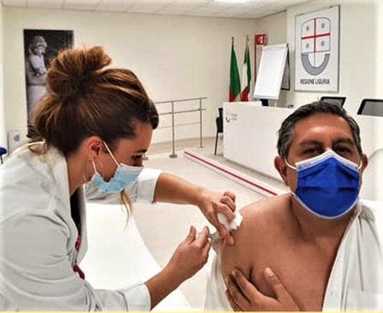 vaccino antinfluenzale, vaccino gratuito liguria, attualità
