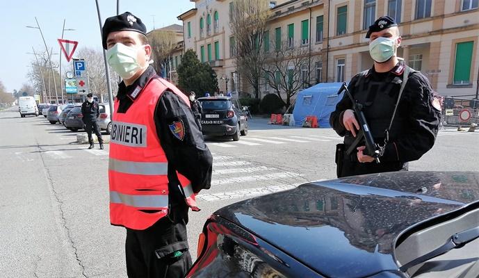 Alessandria cronaca brevi: spaccio e danneggiamenti, 3 denunciati da Carabinieri