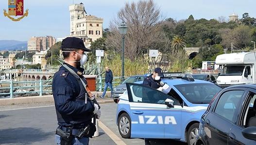 Genova cronaca breve. Minaccia di morte l'ex moglie e i due figli