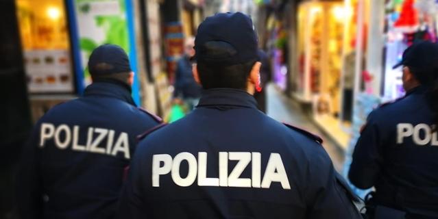 polizia savona, varazze cronaca, tentativo sequestro persona varazze