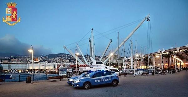 Genova cronaca breve. Servizi di controllo nel centro storico, 3 arresti e 4 denunce