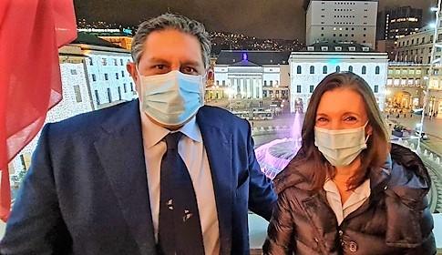 """""""Ne sono orgogliosa, vaccinatevi senza timori"""", dice Gloria Capriata coordinatrice infermieristica primo vaccino ligure"""