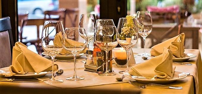 liguria zona gialla, apertura bar e ristoranti