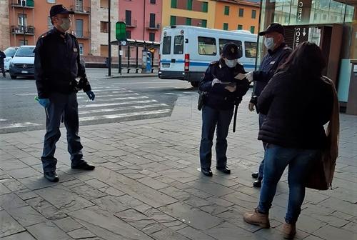 Genova cronaca breve. Arresti e denunce per violenze