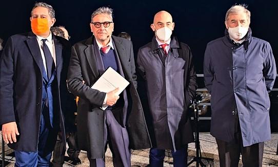 Critiche al prof. Bassetti per le letture attore Castellitto