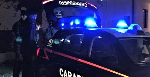 Apprezzamento pesante ad una ragazza e scatta la rissa, denuncia dei carabinieri di Acqui Terme