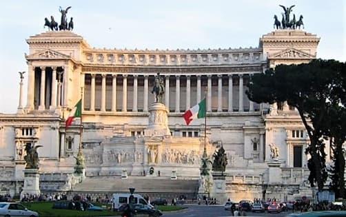 Roma Altare della Patria dove riposa il Milite Ignoto ora cittadino onorario Sassello