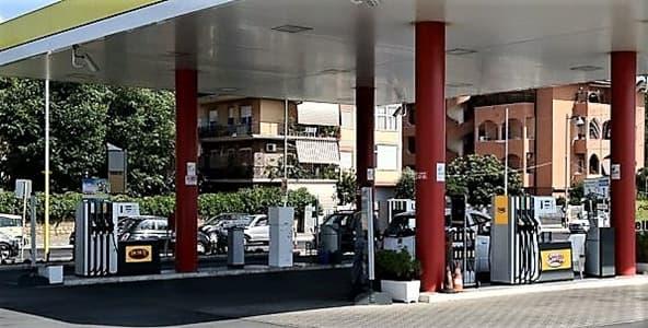 Caro carburanti. Stangata vacanze per 8 italiani su 10