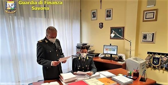 Savona scopre i furbetti del reddito di cittadinanza, anche mafiosi