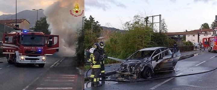 La Spezia incendio autovettura e container a Genova