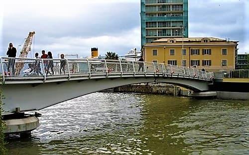 Savona, manutenzione al ponte mobile Pertini sul porto