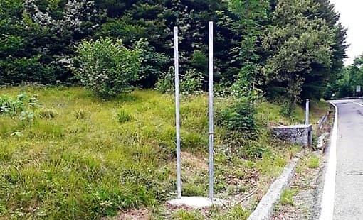 I vandali della provinciale infieriscono sui segnali a Sassello e Urbe