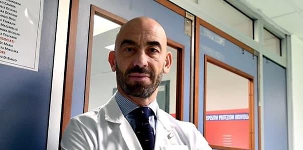 Aggredito Matteo Bassetti da 46enne: Ci ucciderete tutti ve la faremo pagare