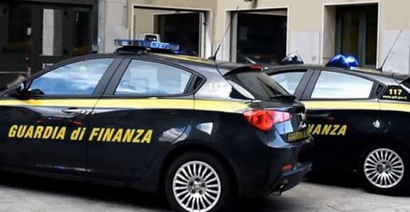 Truffa fondi Covid e bancarotta, arrestato commercialista di Asti