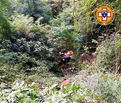 Incidente a Stella, operaio precipita per 15 metri, trasferito al Santa Corona
