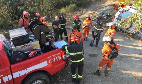 Addestramento Vigili del fuoco e Vab sulle alture di Recco