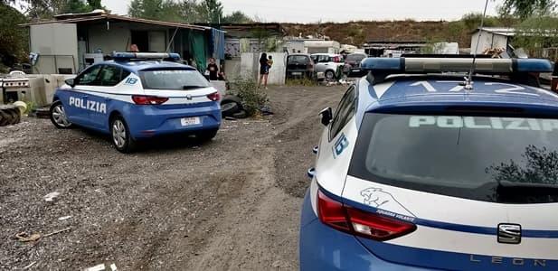 polizia genova arrestato per furto camper