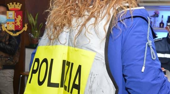 Richieste sessuali e molestie nel supermercato a Pontedecimo, denunciato