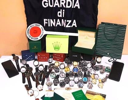 Finanza Genova, commercio orologi di lusso contraffatti, 2 denunce