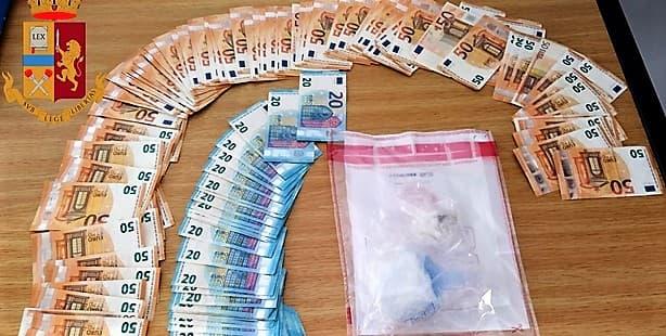 Genovese arrestato al casello di Bolzaneto con un etto di cocaina